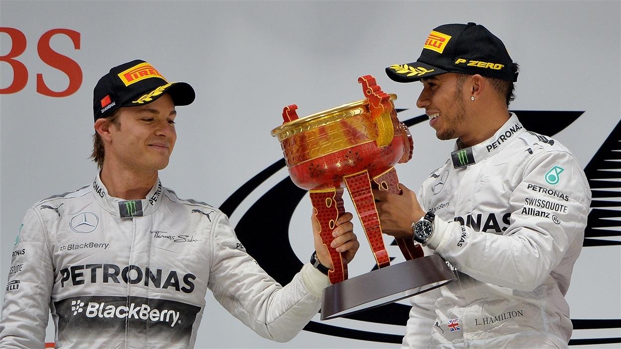 Nico Rosberg et Lewis Hamilton.