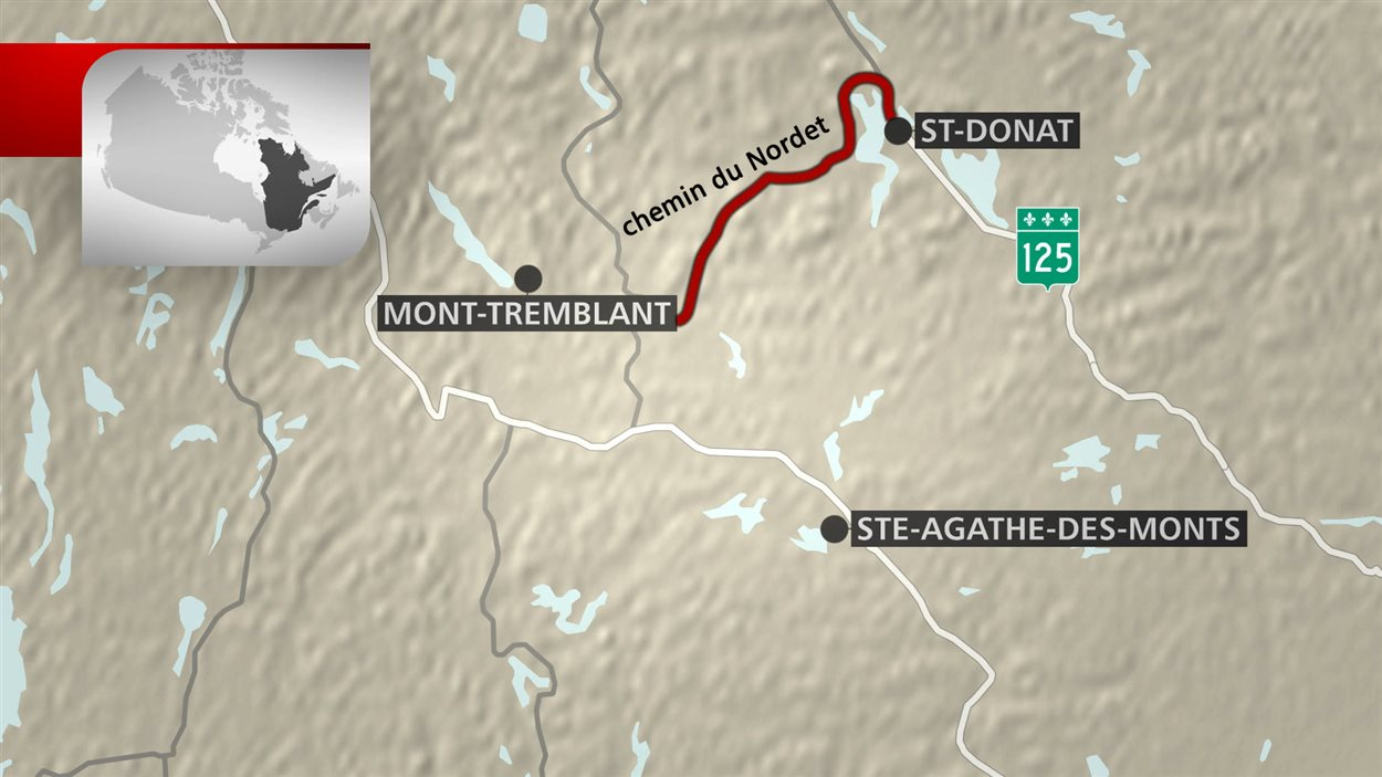 Route traversant une région montagneuse entre Saint-Donat et Tremblant
