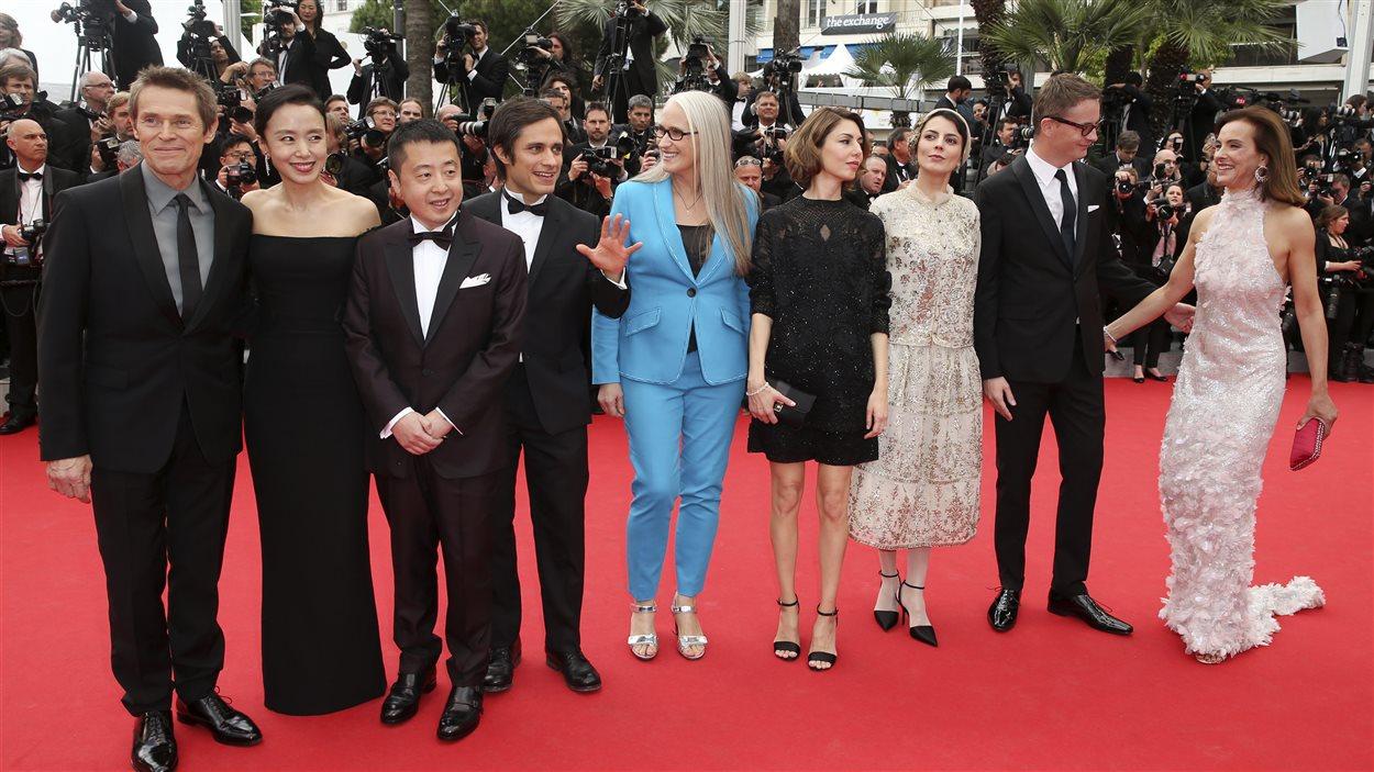 Le jury du Festival de Cannes, composé de Willem Dafoe, Jeon Do-yeon, Jia Zhangke, Gael Garcia Bernal, Jane Campion (présidente), Sofia Coppola, Nicolas Winding Refn et Carole Bouquet