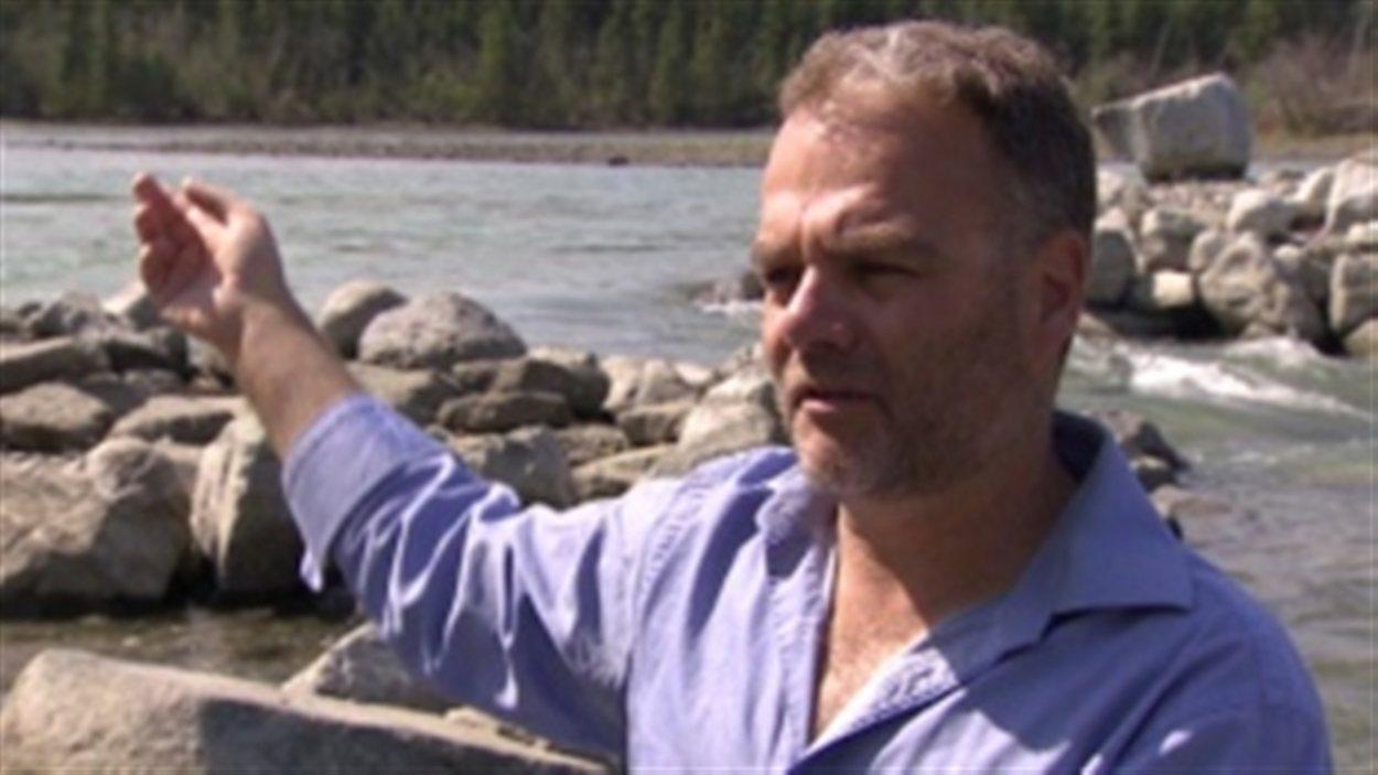Graham Wilson, canoéiste d'expérience et auteur d'un guide sur les fleuves et rivières du Yukon.