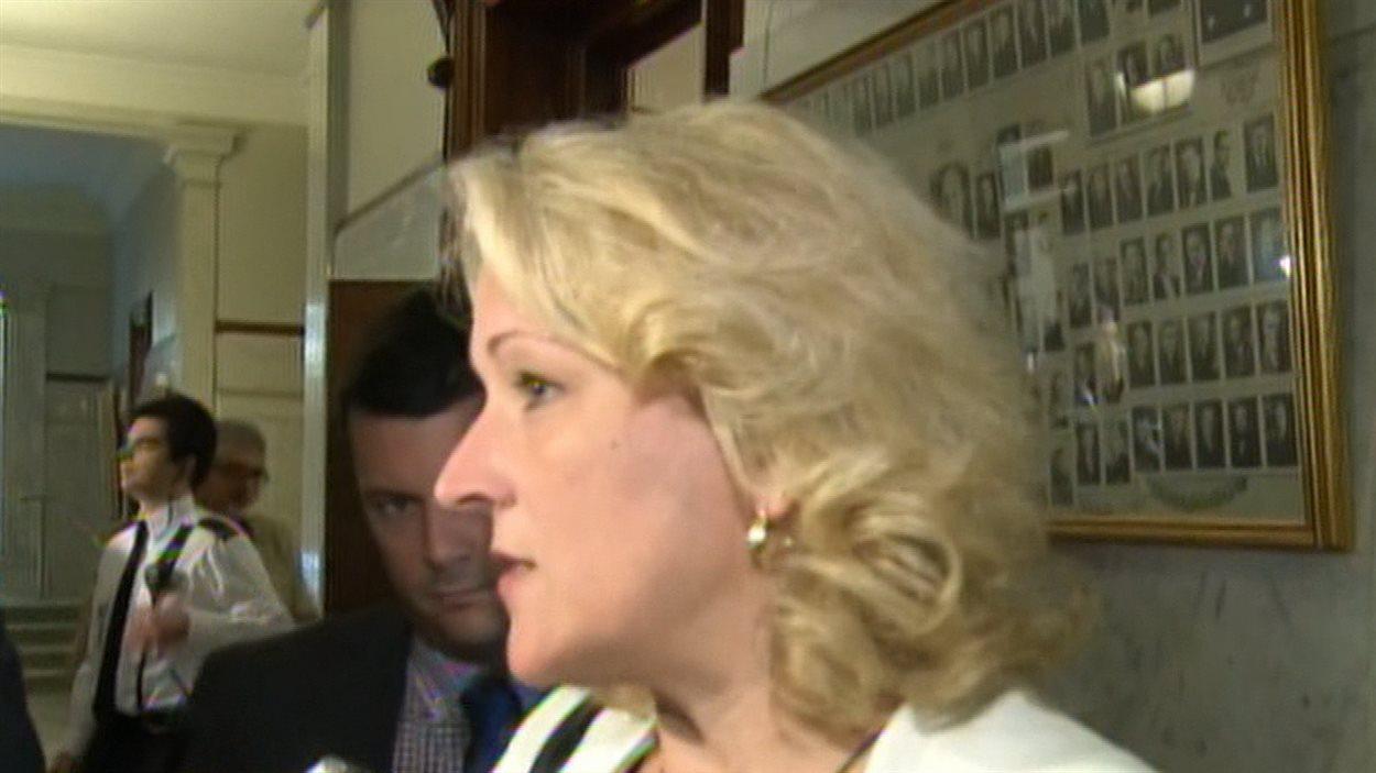 La ministre de la Sécurité publique du Québec, Lise Thériault