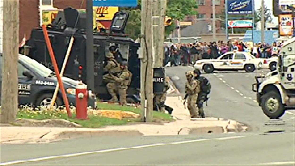 Les policiers en action