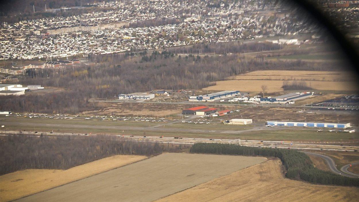 L'aéroport de Mascouche, en bordure de l'autoroute 650