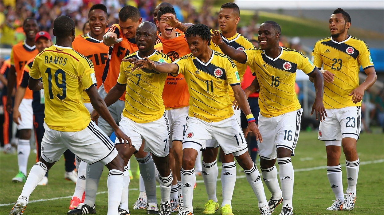 Le Colombien Juan Guillermo Cuadrado est accueilli en héros par ses coéquipiers.