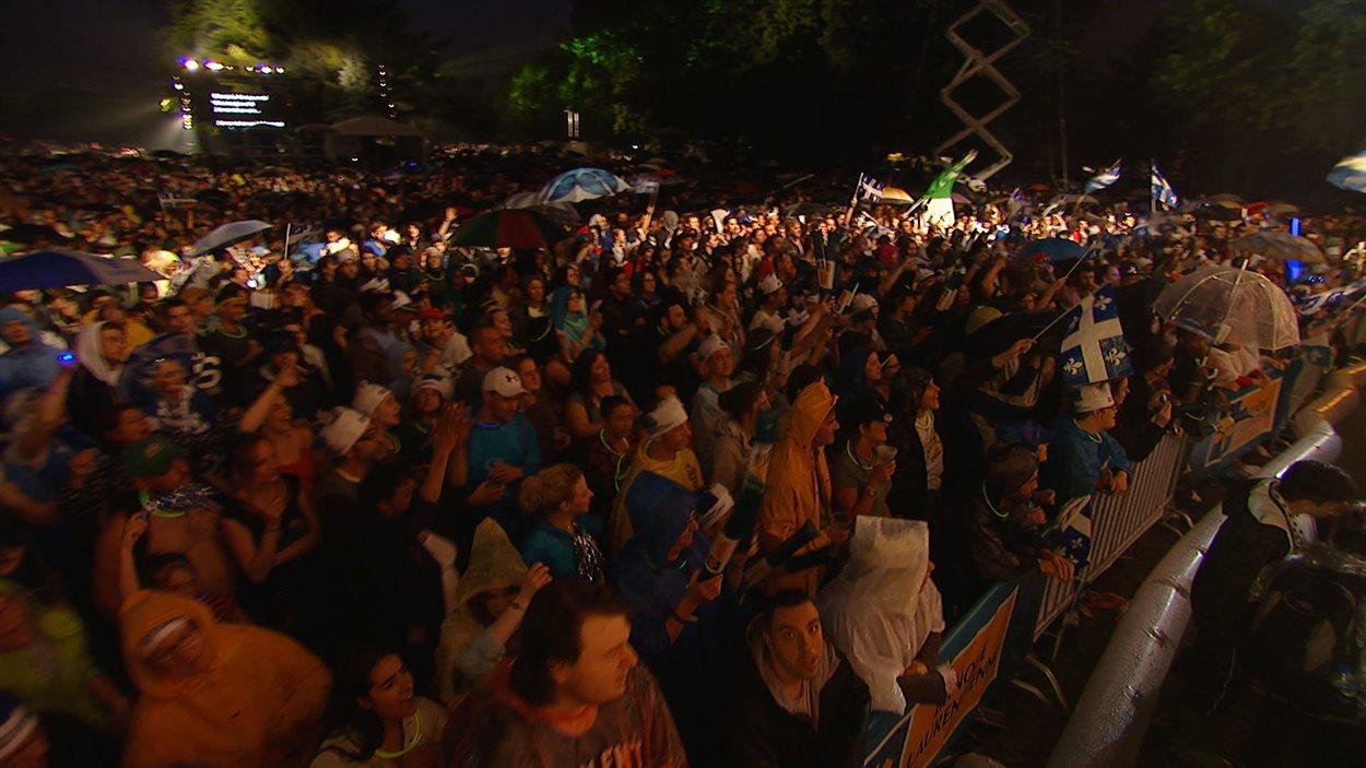 La foule est au rendez-vous au parc Maisonneuve.
