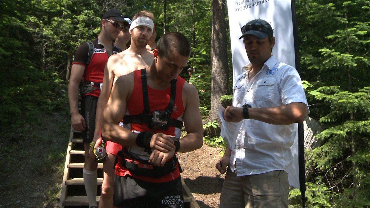 Des participants de la course Kilomètre Vertical du mont Albert
