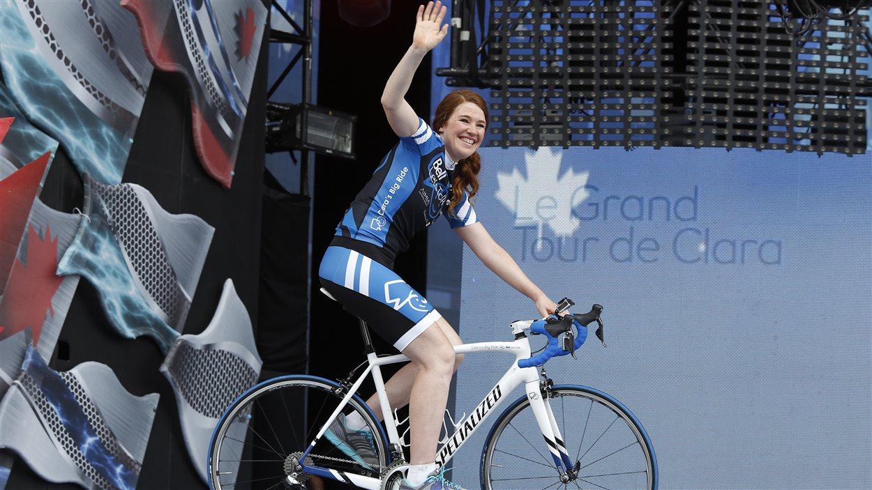 La championne olympique Clara Hughes a terminé à Ottawa son grand tour du pays à vélo destiné à sensibiliser la population aux enjeux entourant la santé mentale.