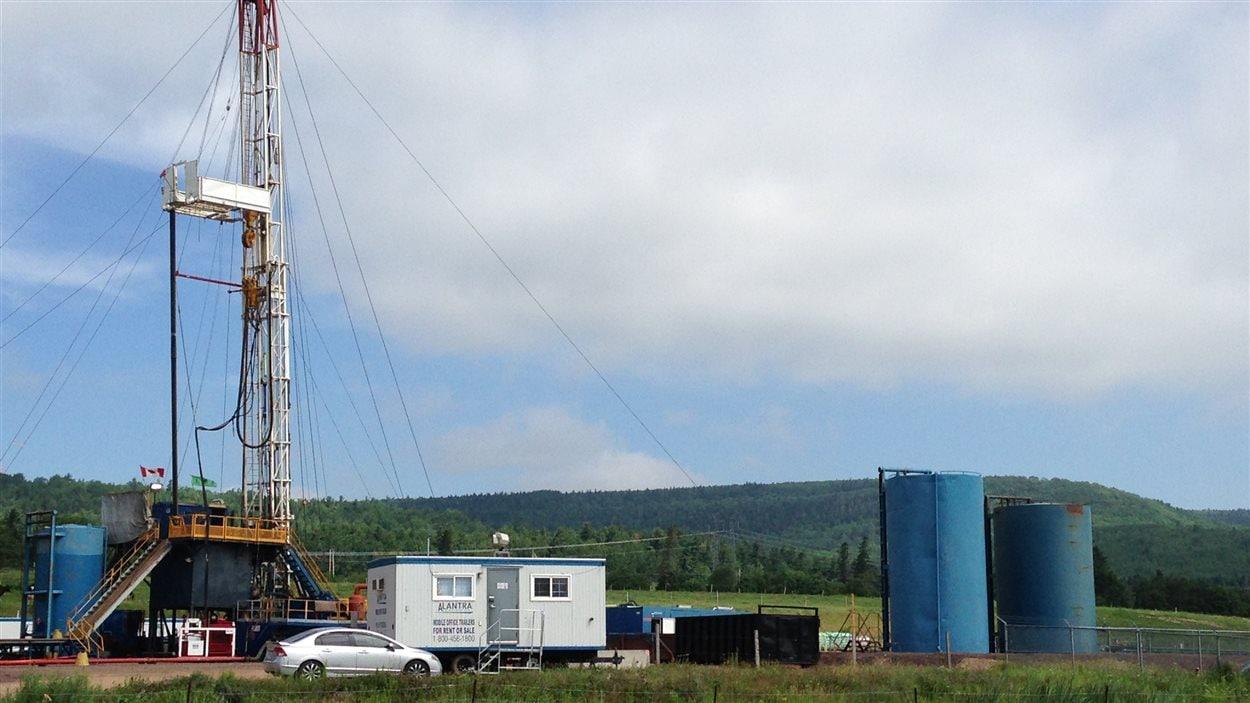 La compagnie gazière Corridor Resources fait des travaux de forage pour du gaz de schiste à Penobsquis, au Nouveau-Brunswick.