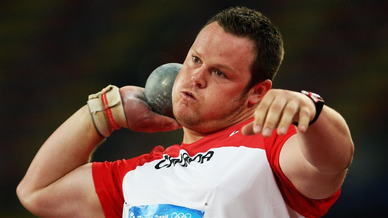 Dylan Armstrong aux Jeux olympiques de Pékin en 2008