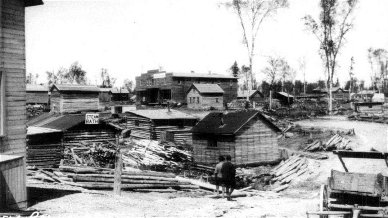 Vue générale de la ville de Rouyn vers 1926-1927