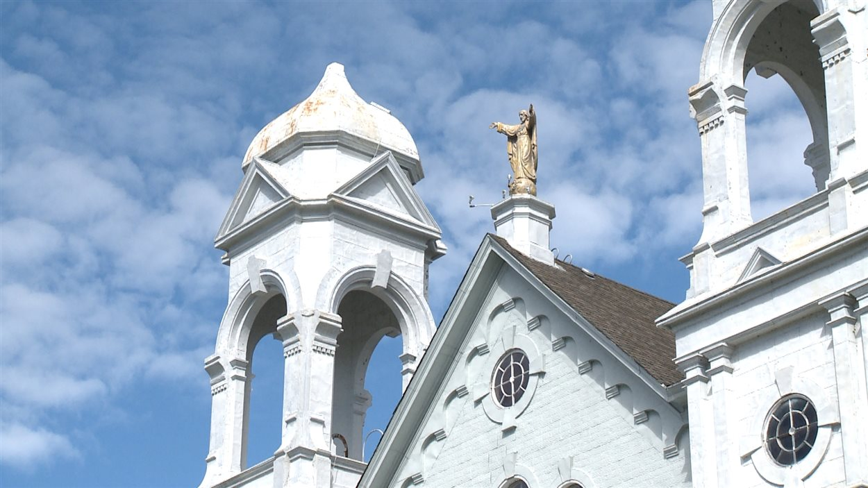 L'église Sacré-Coeur à Nipissing Ouest, maintenant fermée