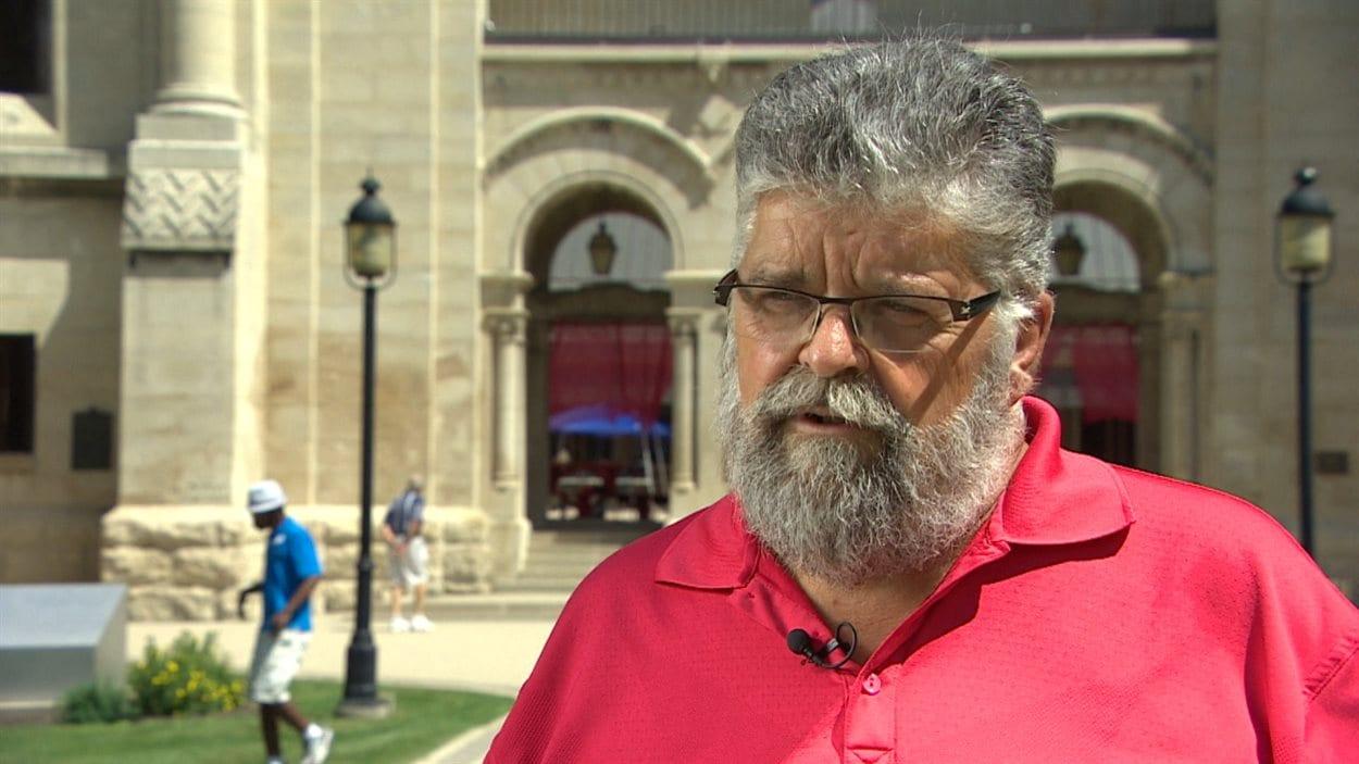 Léo Robert était président de la SFM lors de la crise linguistique des années 1980.