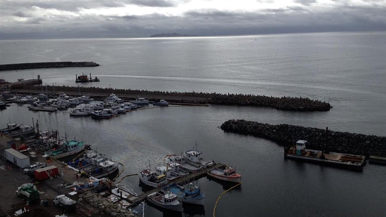 Déversement de mazout au port de Cap-aux-Meules