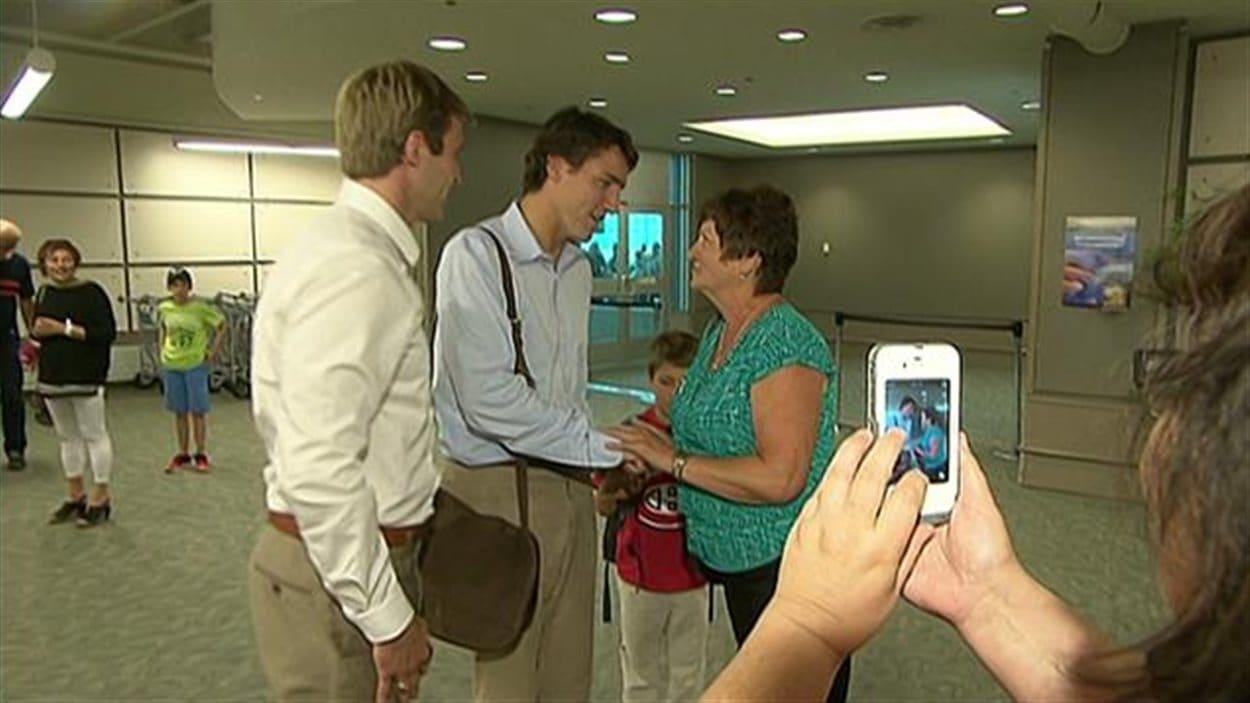 Le chef du Parti libéral du Canada, Justin Trudeau, est allé prêter main forte à la campagne de Brian Gallant, le jeune chef libéral du Nouveau-Brunswick.