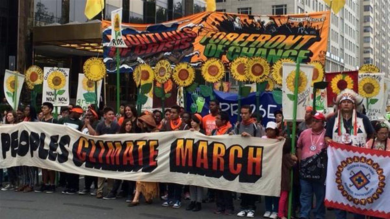 Le devant de la marche des peuples pour le climat du 21 septembre 2014 à New York