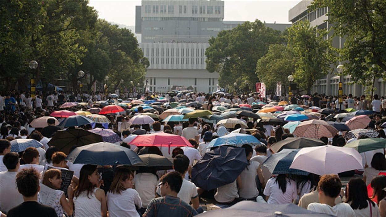 Les étudiants sont descendus par milliers dans les rues de Hong Kong.