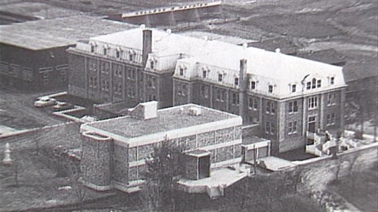 Le Collège Mathieu, dans les années 1960