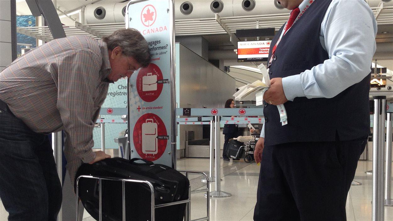 vente chaude en ligne ecc57 dbc88 Air Canada surveillera le poids et la taille des bagages à ...