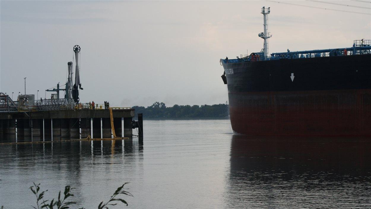 Le premier navire chargé de pétrole des sables bitumineux a quitté Sorel-Tracy le 21 septembre