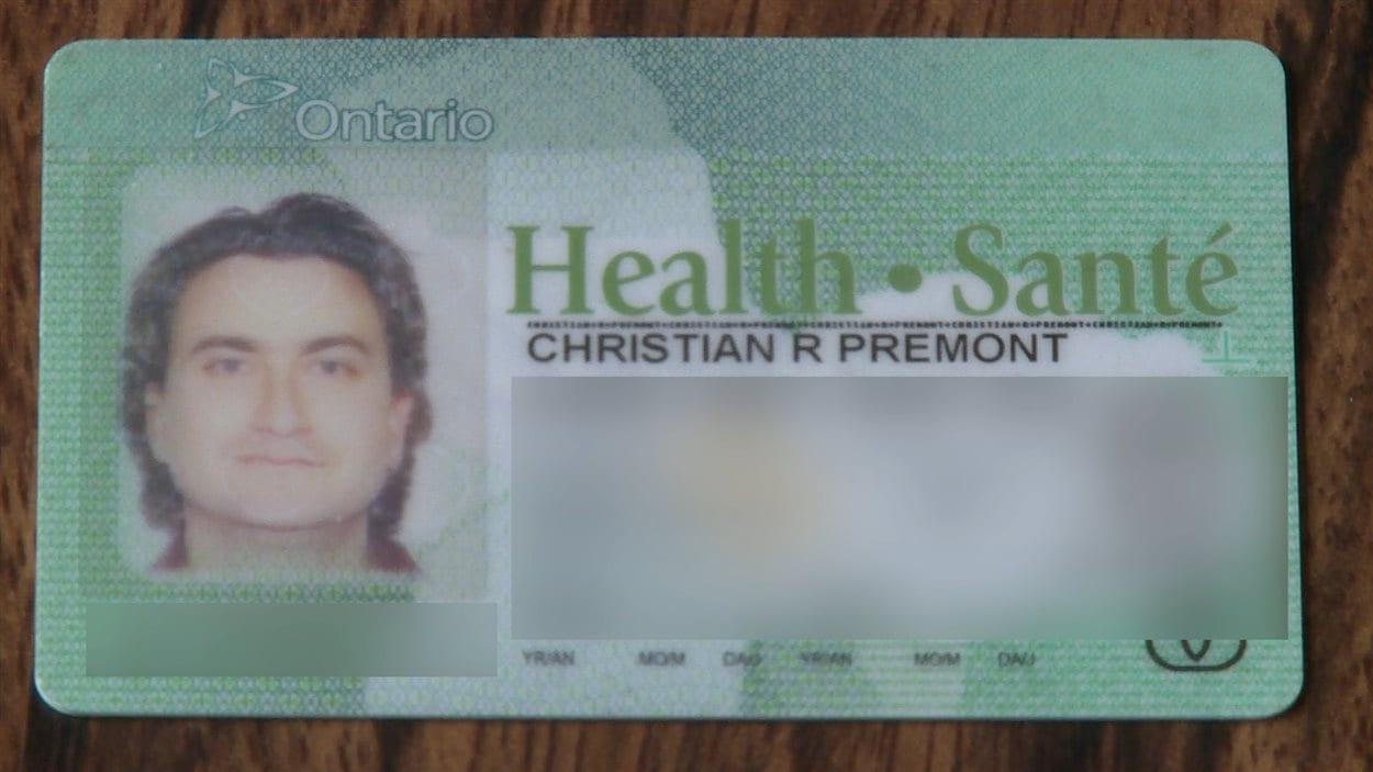 Il y a un accent dans le mot «santé», mais pas dans «Prémont».