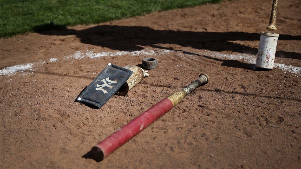 La baseball occupe une place importante dans les vies de quartier.