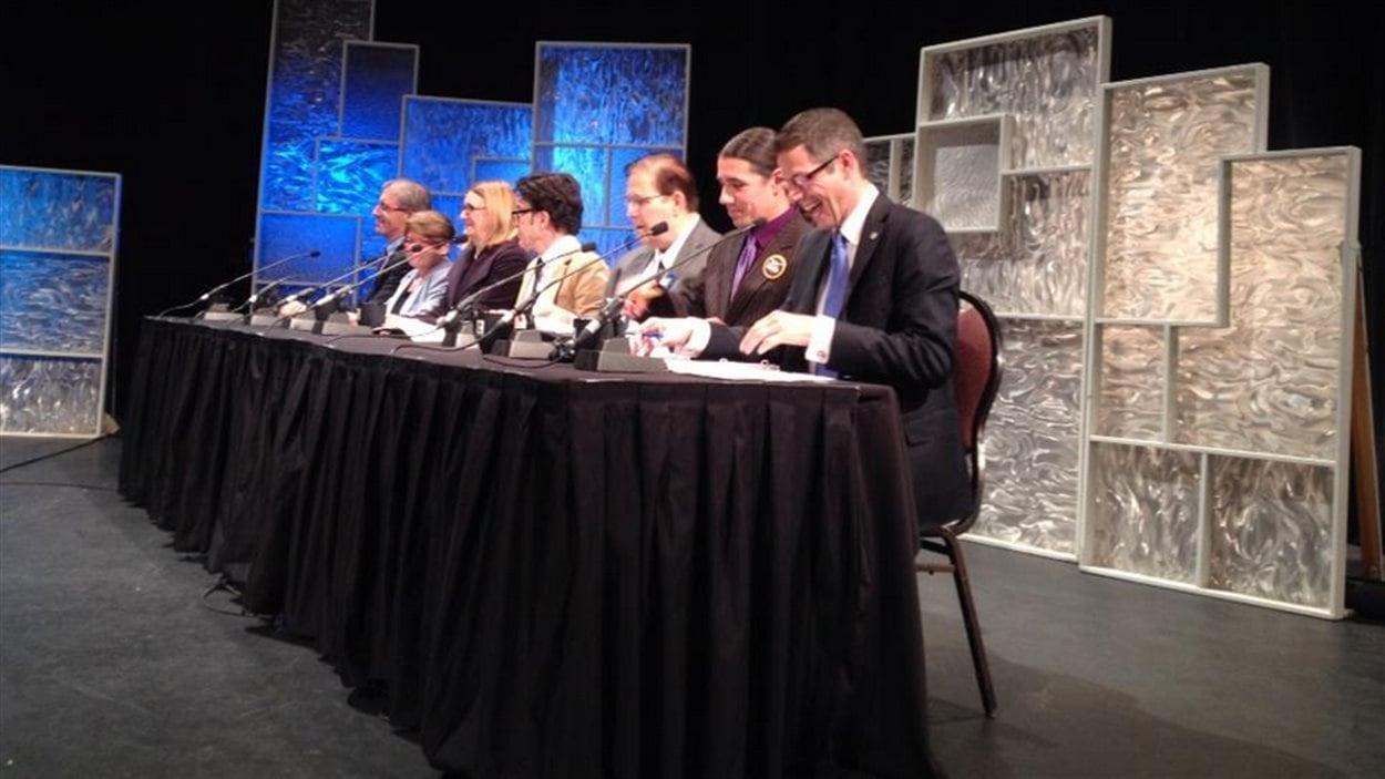 Le premier débat télévisé entre les candidats à la mairie de Winnipeg a eu lieu jeudi soir au Centre culturel franco-manitobain.