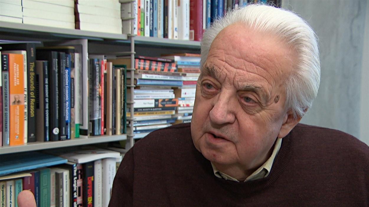 Le professeur de gestion Gilles Paquet de l'Université d'Ottawa (2014-10-12)