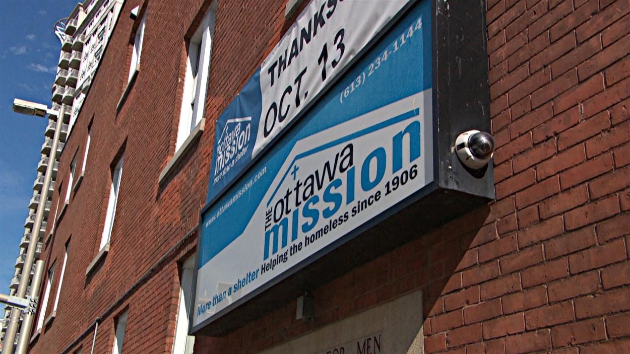 La Mission d'Ottawa offre des services aux sans-abri. (13-10-14)