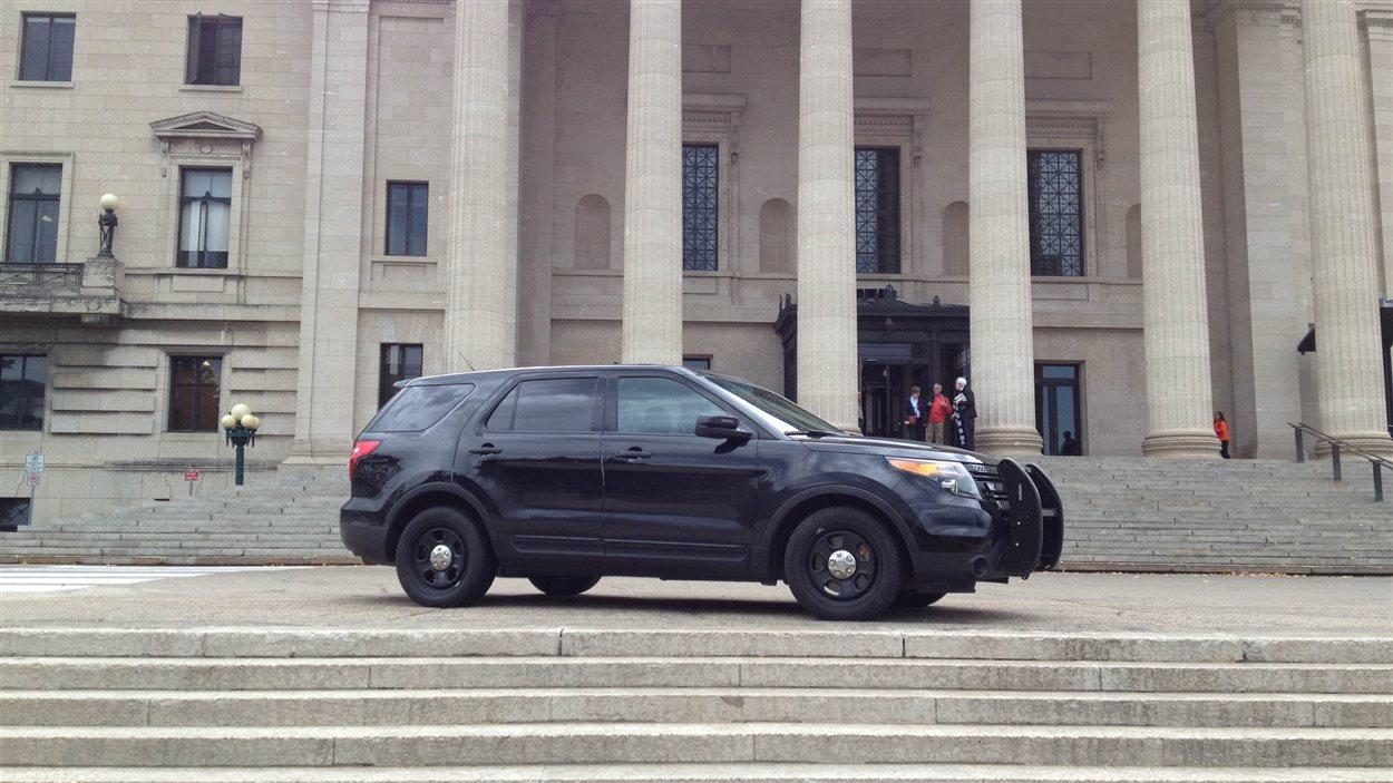 Sécurité renforcée au Palais legislatif du Manitoba.