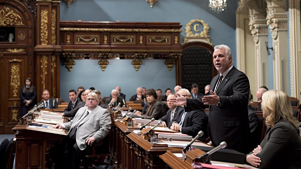 Le premier ministre du Québec, Philippe Couillard, a réagi aux événements qui se déroulent à Ottawa.