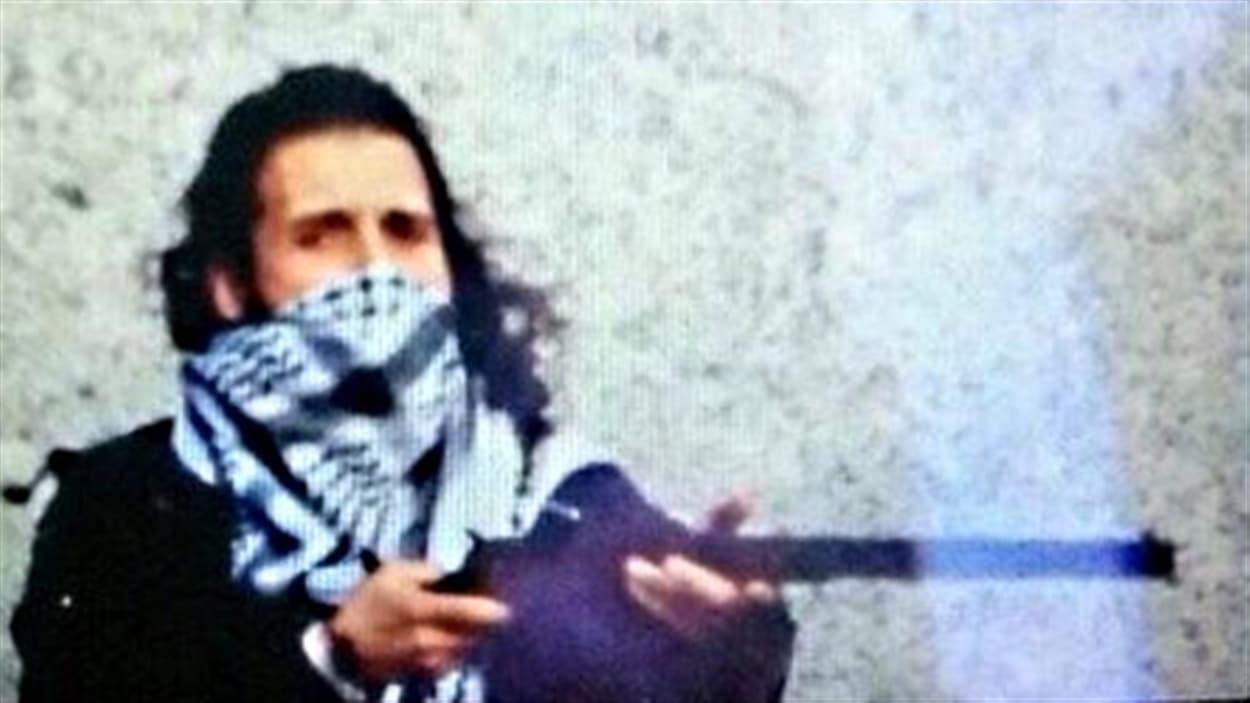 L'auteur de la fusillade au parlement d'Ottawa a été identifié comme étant Michael Zehaf-Bibeau.