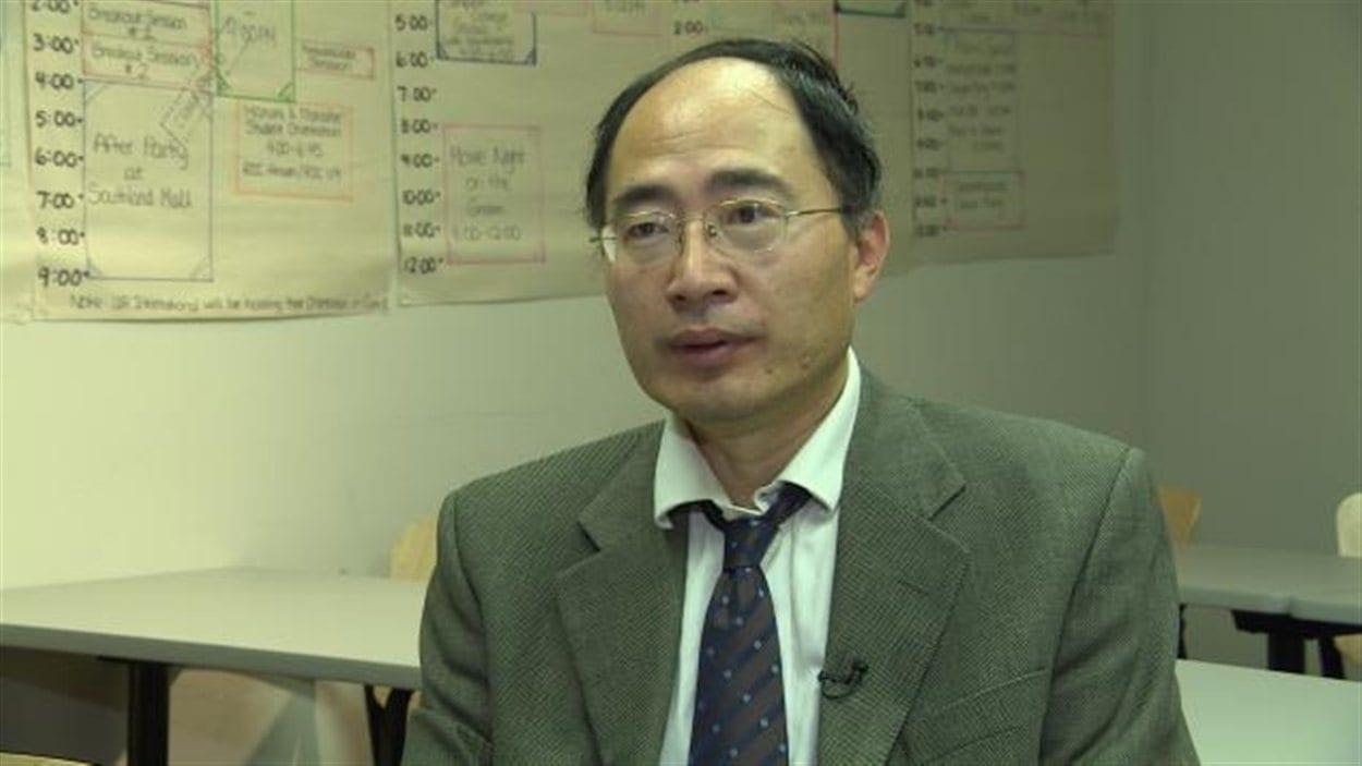 Daniel Huang, chargé de cours à l'Institut Confucius de l'Université de Regina
