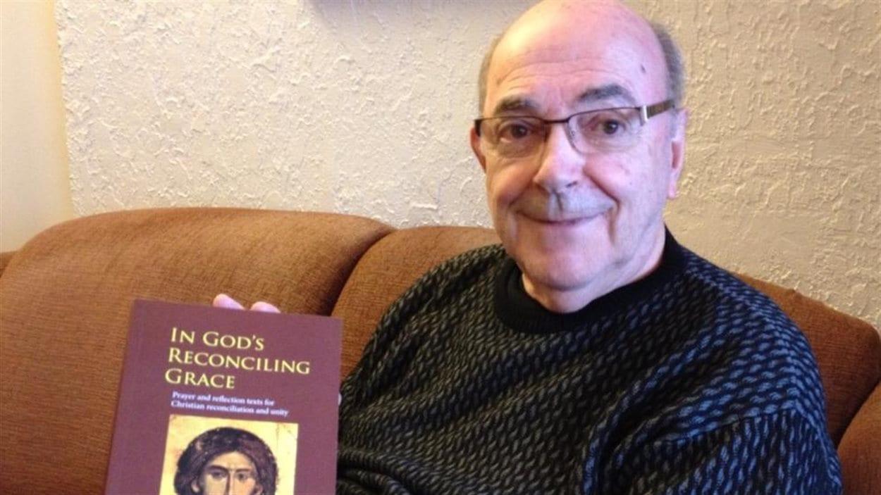 L'abbé Bernard de Margerie espère que son livre va susciter une réflexion profonde sur les questions qu'il aborde.