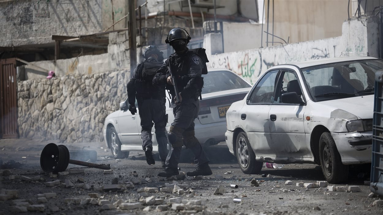 Des policiers israéliens déployés dans les rues de Jérusalem-Est.