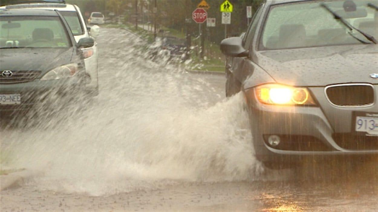 De fortes pluies sont attendues d'ici mardi sur la côte sud de la Colombie-Britannique.