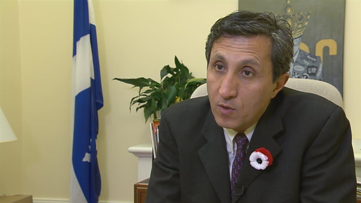 Le député de Québec solidaire, Amir Khadir, parle de « complot criminel ».