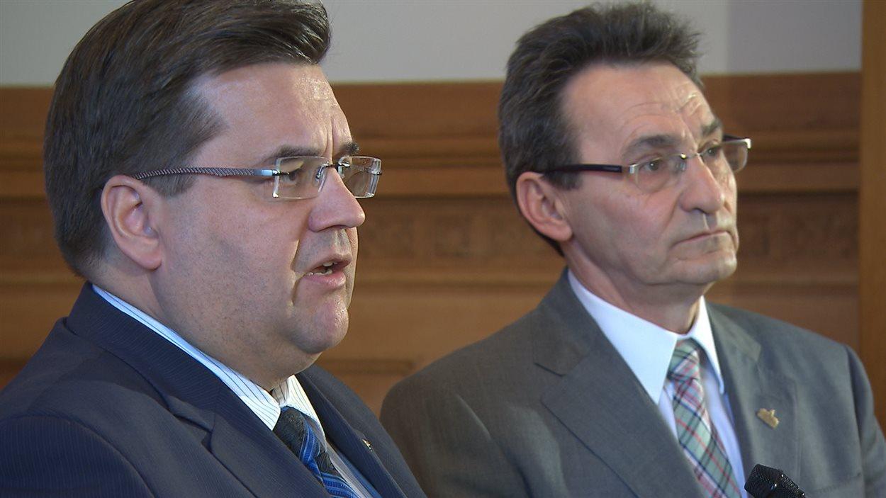 Le maire de Montréal, Denis Coderre, et l'ex-chef de Projet Montréal, Richard Bergeron