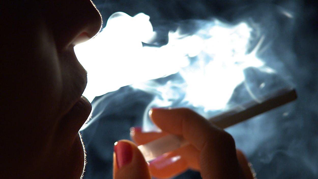 Fumée et cigarette électronique