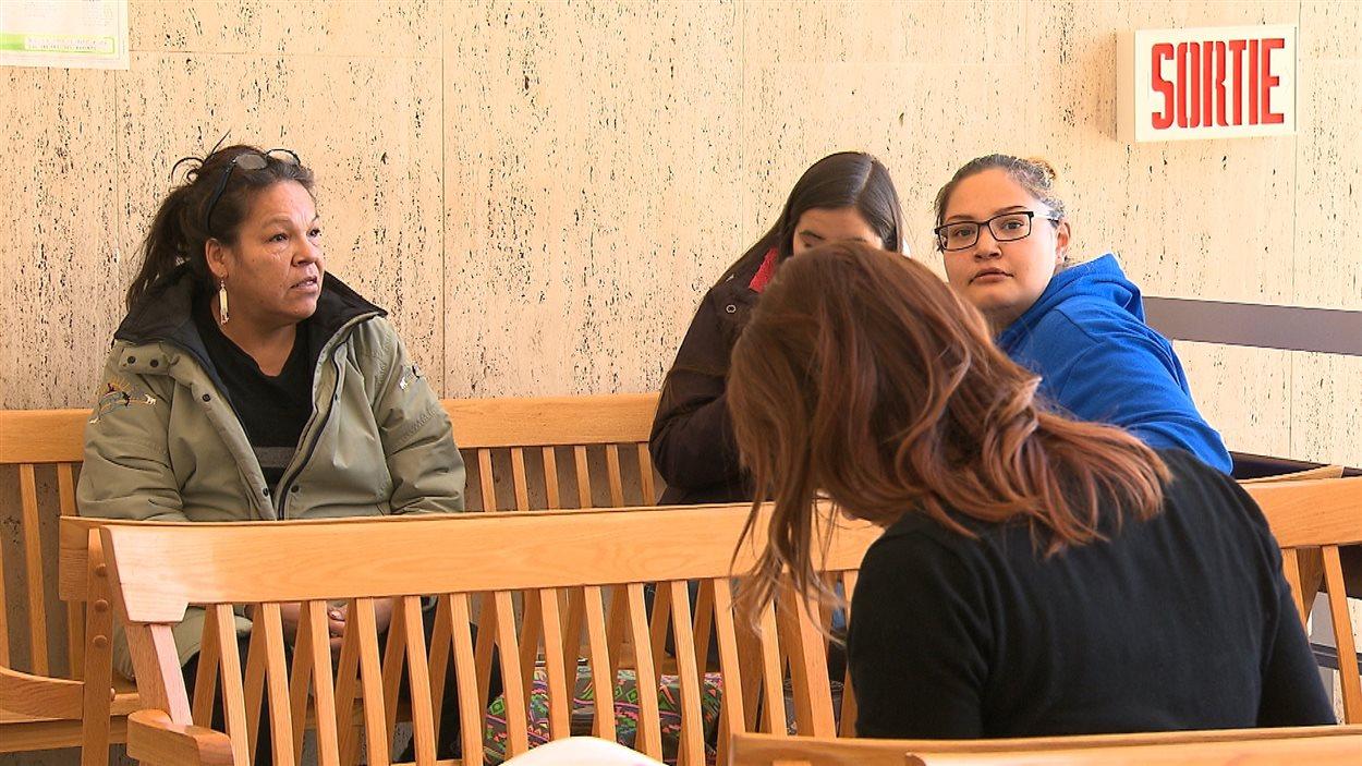 Jusqu'à maintenant, le juge Michel Parent a traité les dossiers de 16 personnes accusées d'attroupement illégal et de méfaits.