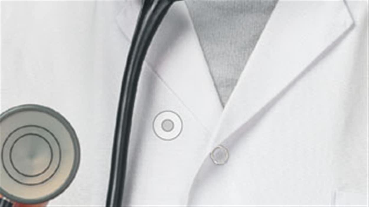 Louis Godin, président de la Fédération des médecins omnipraticiens du Québec Le ministre de la Santé Gaétan Barrette entend imposer un nombre minimal de patients aux médecins du Québec. Une annonce qui prend par surprise Louis Godin, président de la Fédération des médecins omnipraticiens du Québec