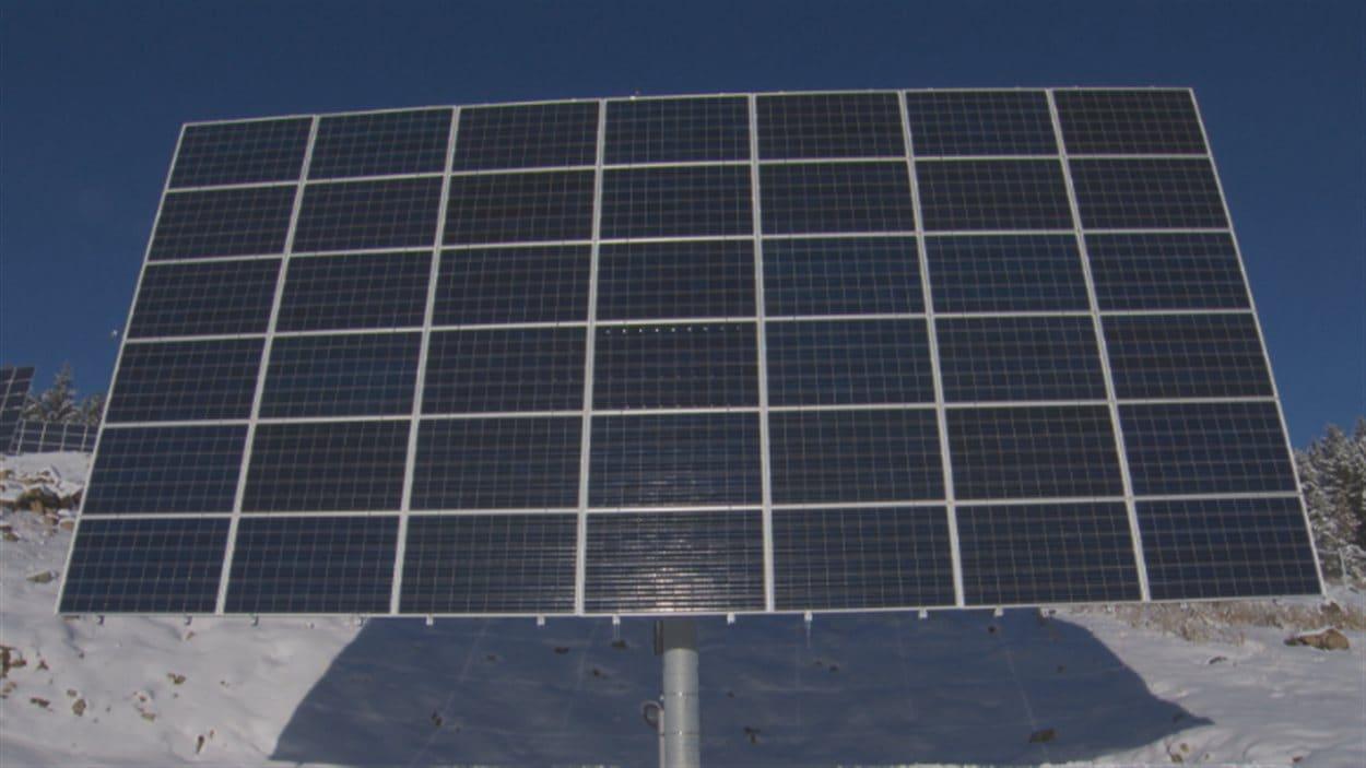 Chaque panneau de la centrale SunMine à Kimberley en C.-B. compte 42 modules photovoltaïques.