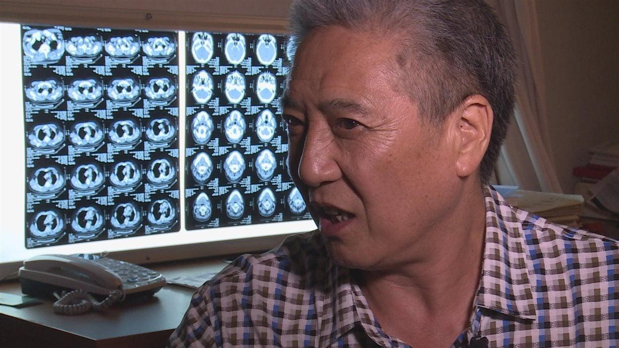 Deng Xinnan souffre d'un cancer des poumons.
