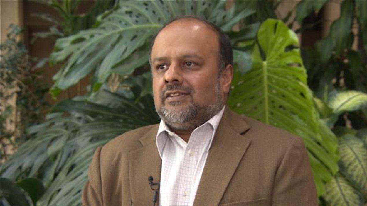 Le médecin en chef de la Saskatchewan, le Dr Saqib Shahab