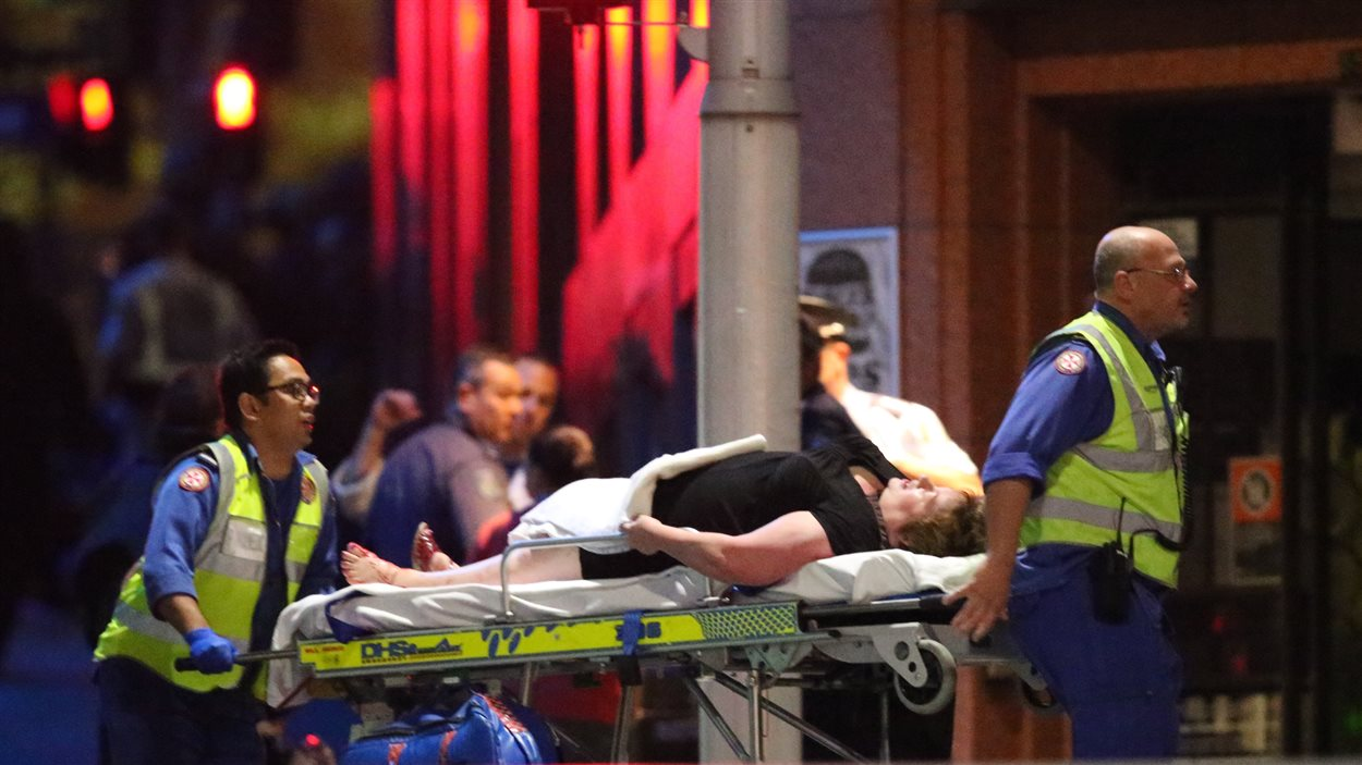Un des otages a été blessé
