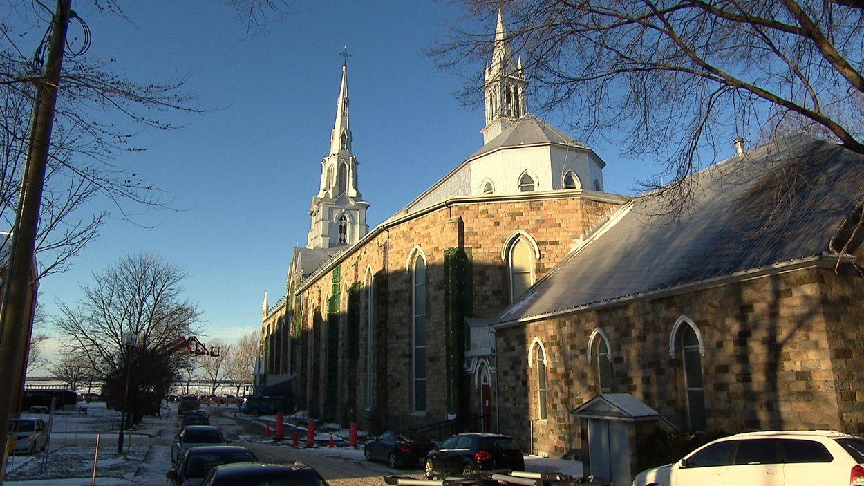 La cathédrale de Rimouski du côté sud