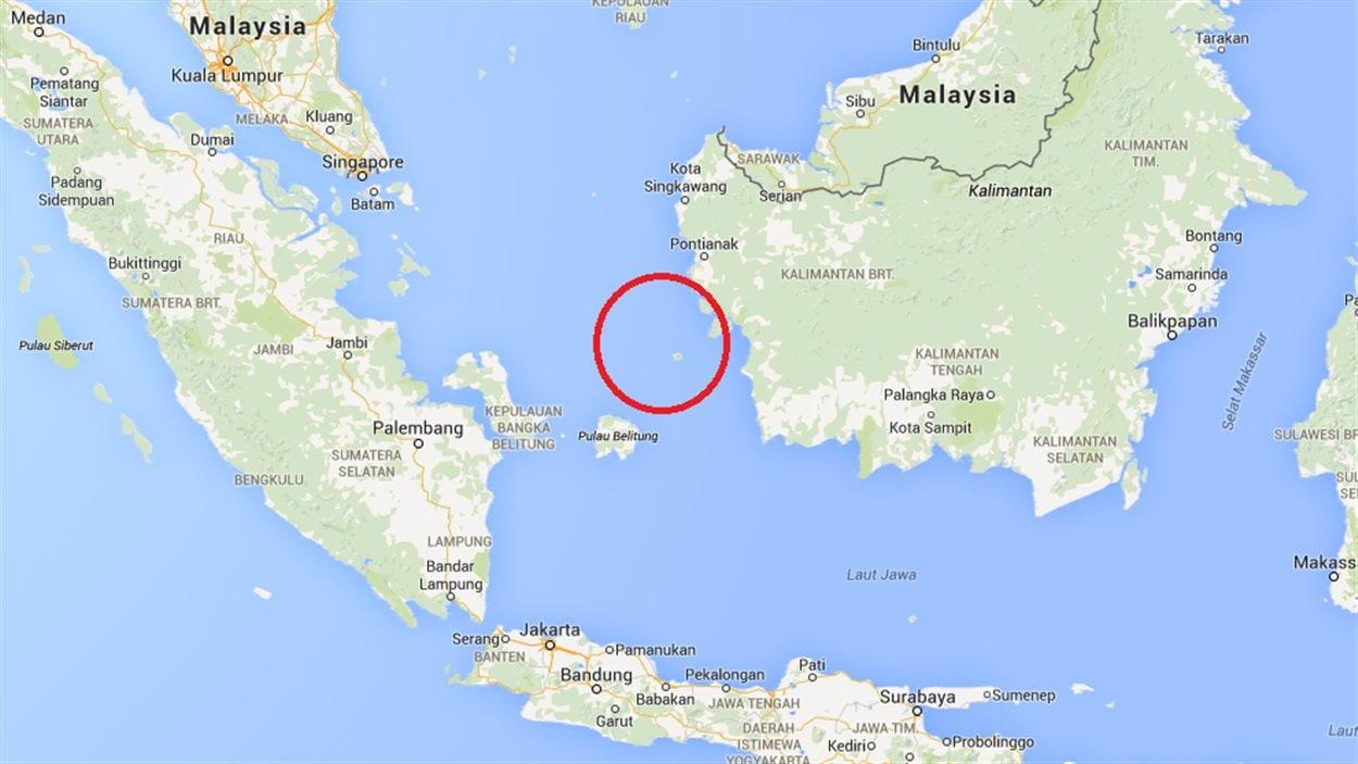 Les secours se concentrent sur une région entre l'île de Belitung et Kalimantan, sur le côté ouest de l'île de Bornéo, à mi-chemin du plan de vol prévu.