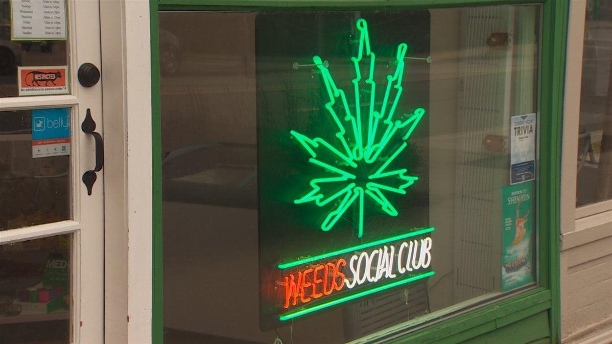 Un dispensaire de cannabis thérapeutique à Vancouver