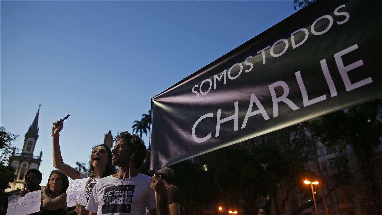Manifestation en appui à Charlie Hebdo au Brésil