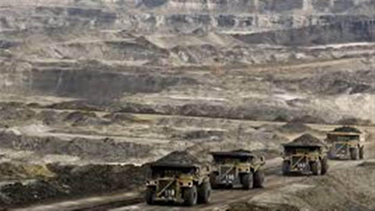 Pertes d'emplois à venir dans les sables bitumineux dans le nord de l'Alberta