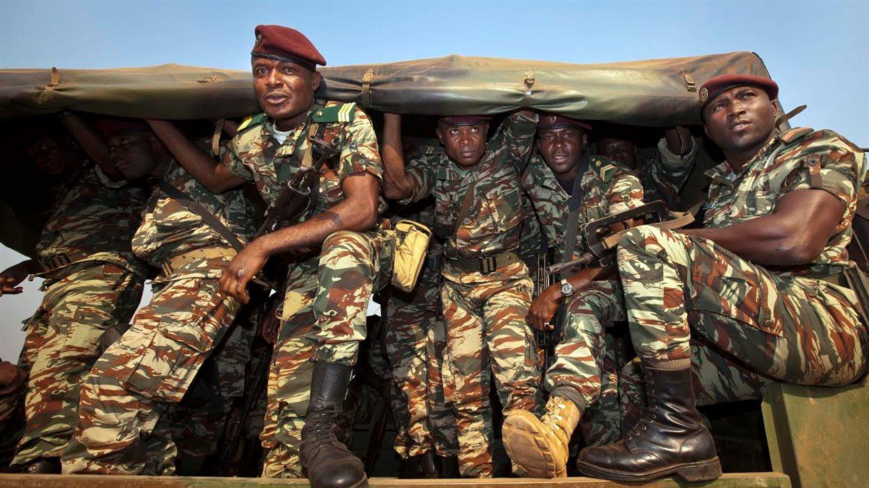 Des soldats de l'armée camerounaise.